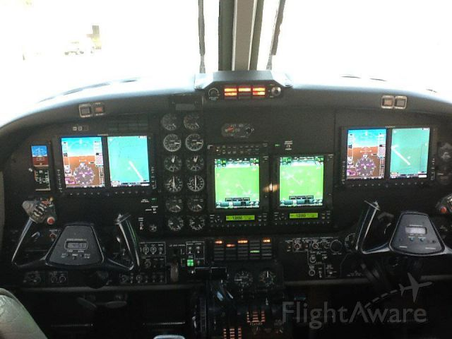 Beechcraft King Air 90 (N325WR) - After the Panel upgrade