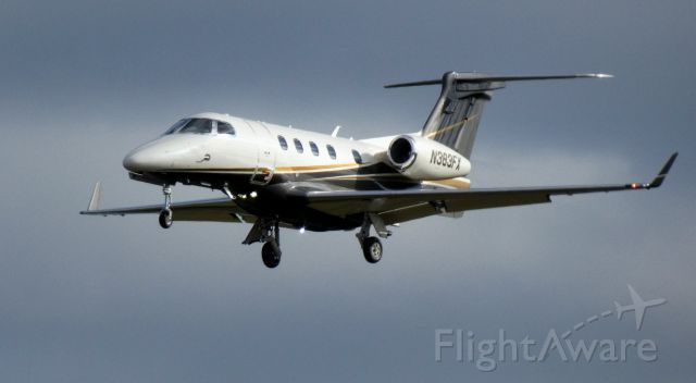 Embraer Phenom 300 (N383FX) - On final is this 2020 Embraer Phenom 300 in the WInter of 2021.