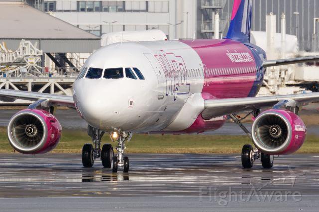 Airbus A320 (D-AVVW)