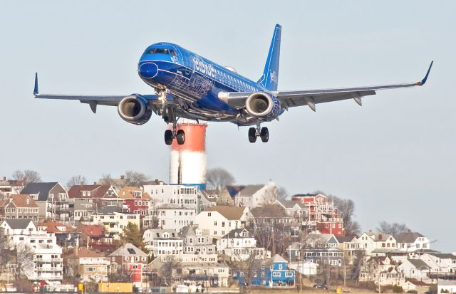 Embraer ERJ-190 (N304JB) - JetBlue E190 Blueprint special livery RWY27 approach