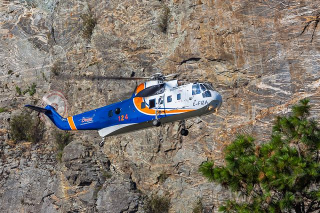C-FIZA — - 1972 Sikorsky S-61N operated by Helicarrier