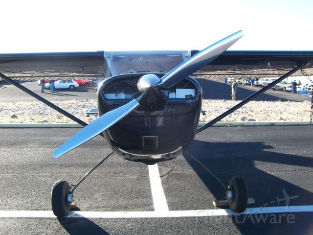 Cessna 152 — - at a fly-in
