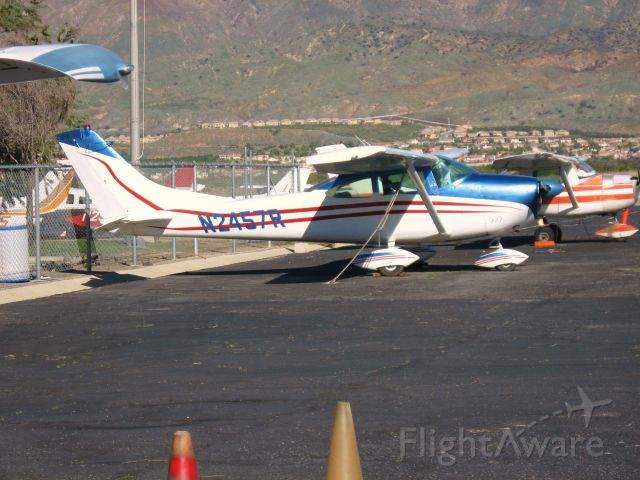 Cessna Skylane (N2457R) - At redlands Muni