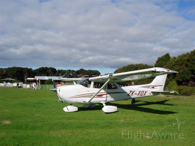 Cessna Skyhawk (ZK-XOX)