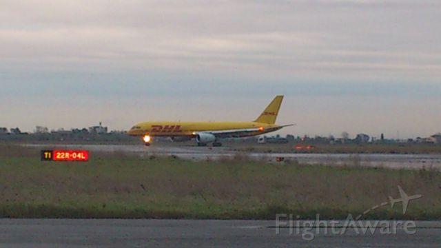 Boeing 757-200 (D-ALEJ)