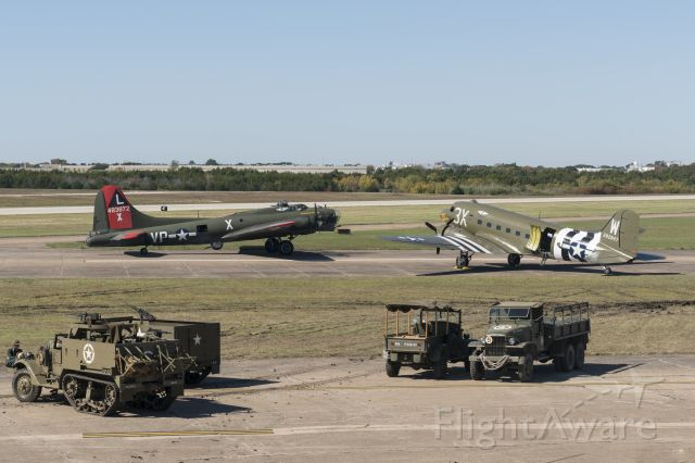 Boeing B-17 Flying Fortress (N7227C) - With C47 N47TB