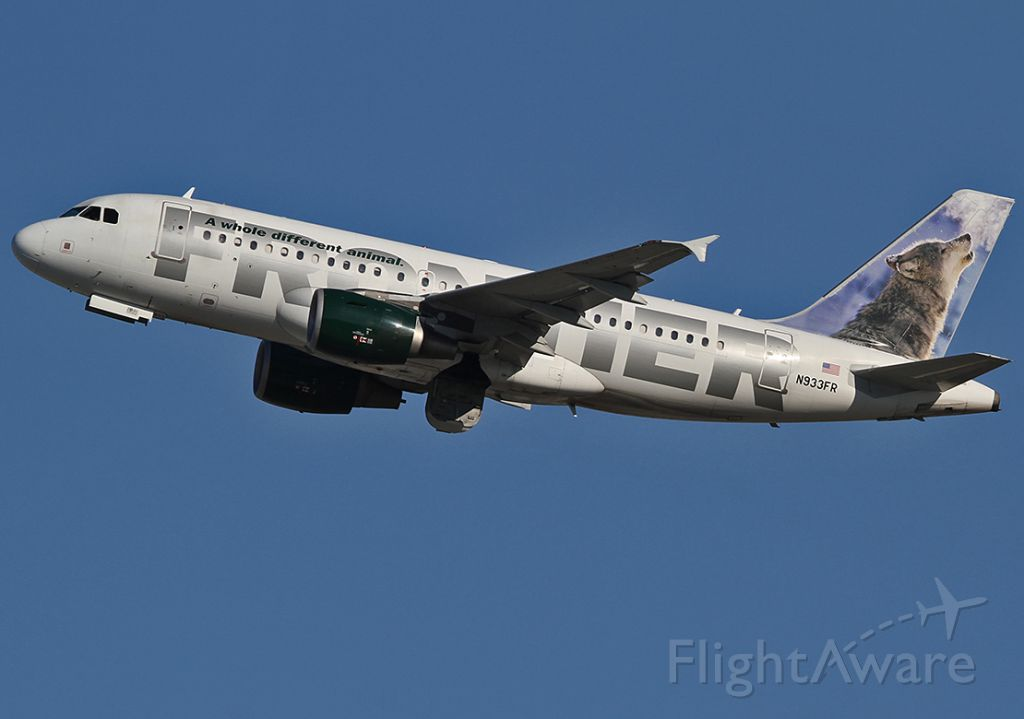 Airbus A319 (N933FR) - Taking off from the LAX.