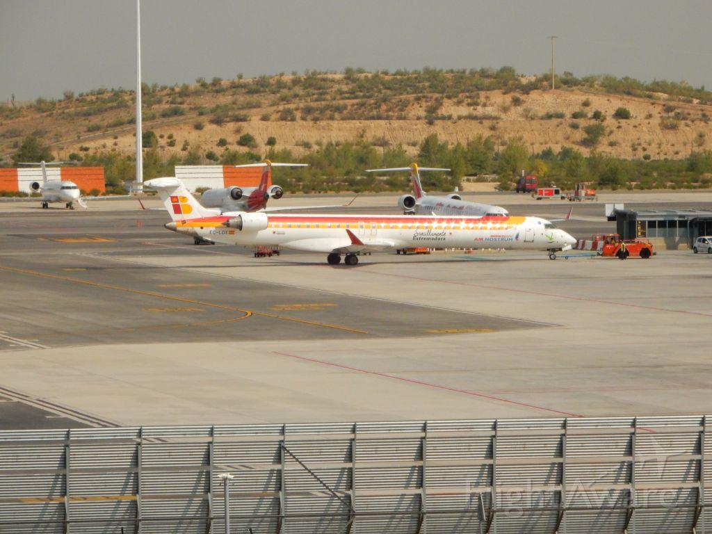 Bombardier CRJ-1000 (EC-LOX)