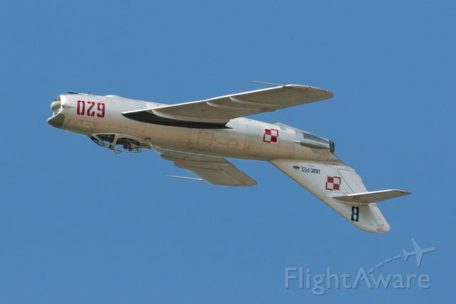 WSKPZL620 — - MiG-17PF being flown by Randy Ball at Thunder Over Michigan.
