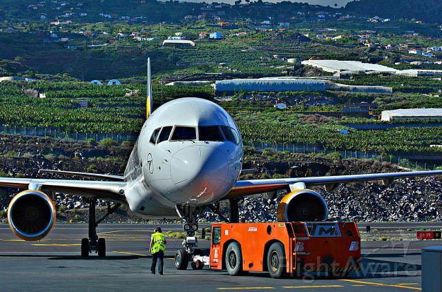 — — - Aeropuerto de la Palma