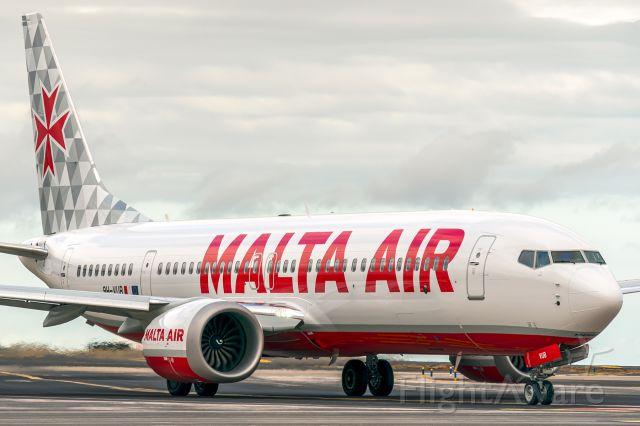 Boeing 737 MAX 8 (9H-VUB)