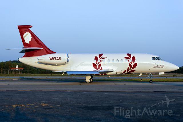 Dassault Falcon 2000 (N89CE)
