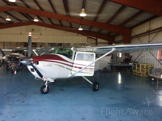 Cessna Skylane (N124K)