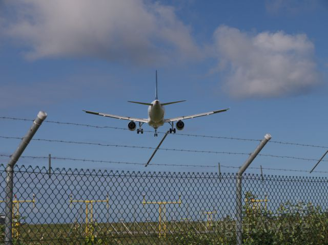— — - Jersey airport approach, 2010