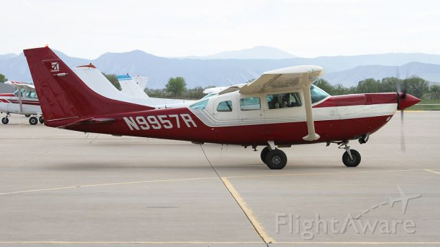 Cessna 206 Stationair (N9957R) - Not your average Stationaire by any stretch. A Soloy Mk 1 conversion 206. When it departed, it didnt so much climb, but rather *levitated* vertically, pulled by that huge prop.