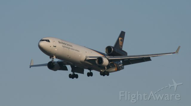 Boeing MD-11 (N289UP) - UPS 17R 3/13/11