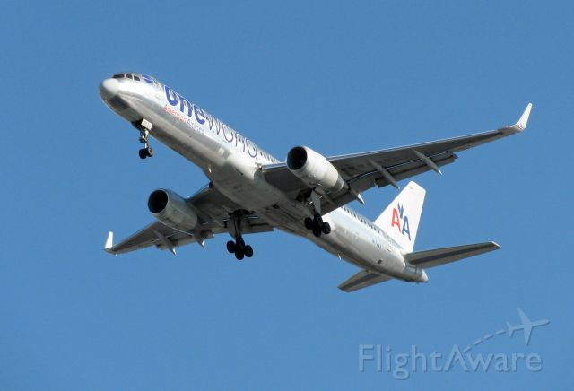 """Boeing 757-200 (N174AA) - AAL95 (LEMD-KJFK), B752, Ship 5FN with the special """"oneworld"""" logo on Final for RWY 31R at JFK."""