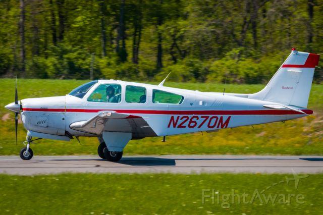 Beechcraft Bonanza (33) (N2670M) - Beechcraft F33A Bonanza N2670M landing at KLOM (Wings Field)