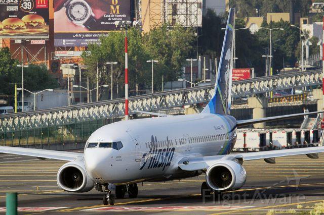Boeing 737-800 (N524AS)