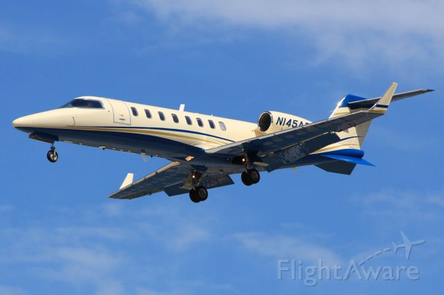 Learjet 45 (N145AR)