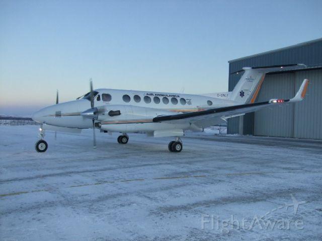 Beechcraft Super King Air 300 (C-GNLF) - Air Ambulance