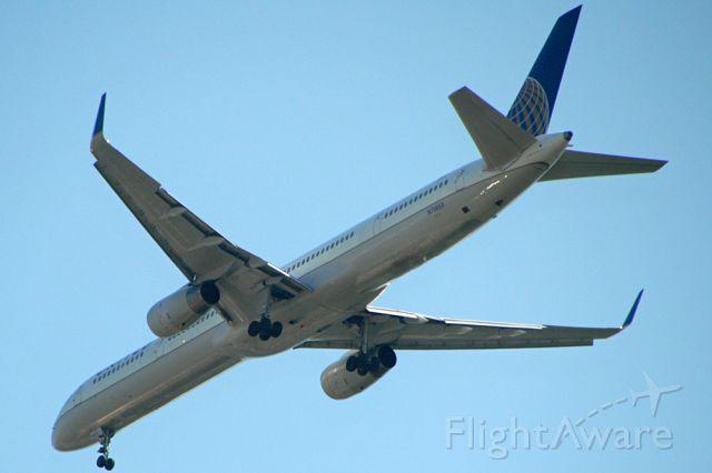 BOEING 757-300 (N75853)