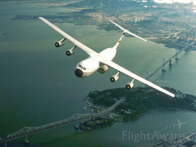 Lockheed C-141 Starlifter —