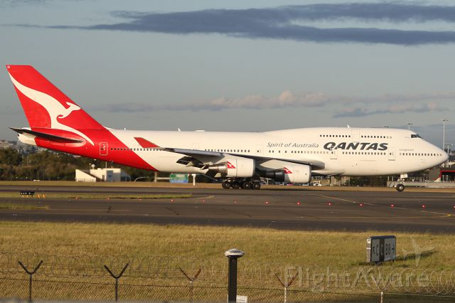 Boeing 747-400 (VH-OEI) - on 30 November 2018