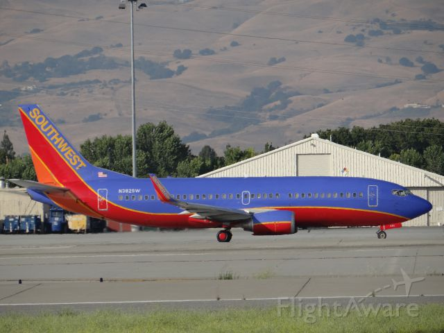 Boeing 737-700 (N382SW) - Off of Airport Boulevard at a great location next to the airport.