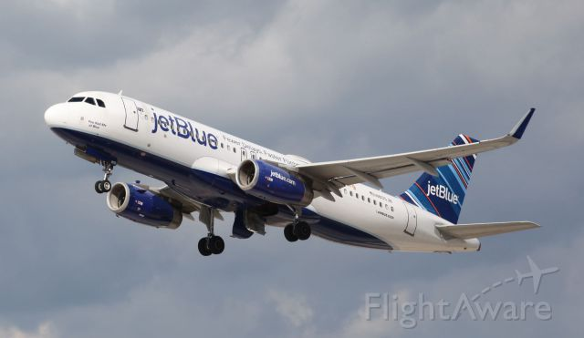 Airbus A320 (N805JB)
