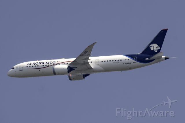 Boeing 787-8 (XA-ADD)