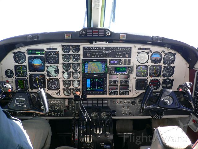 Beechcraft King Air F90 (N911CF) - instrument panel is old photo
