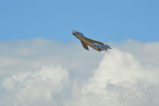 MIKOYAN MiG-17 (N620PF) - Randy Ball at the 2016 Geneseo Airshow.
