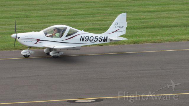 Experimental <100kts (N905SM) - Breakfast Fly-in. 8/30/15. EVEKTOR - AEROTECHNIK A S SPORTSTAR MAX