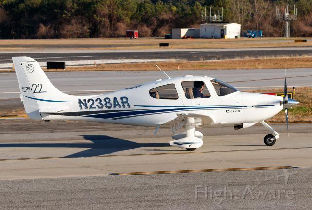 Cirrus SR-22 (N238AR)