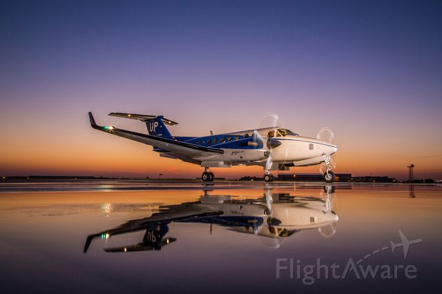 Beechcraft Super King Air 350 (N826UP)