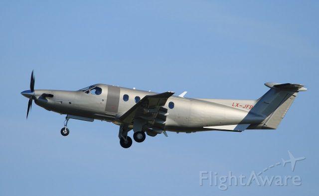 Pilatus PC-12 (LX-JFB)