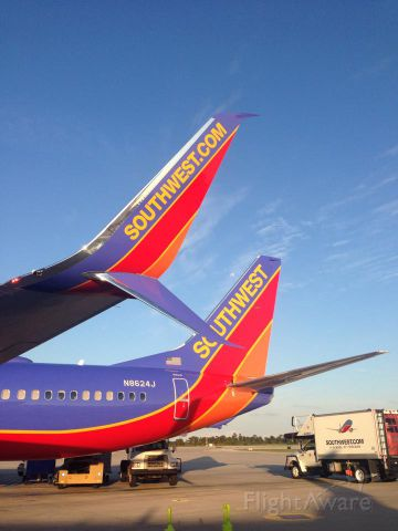 Boeing 737-800 (N8624J) - Taken from the ramp at KBWI. These are the new scimitar winglets