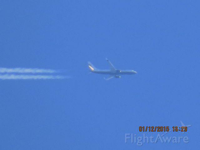 Boeing 737-800 (N738MA) - Miami Air International flight 303 from Windsor Locks CT to Tulsa Oklahoma at 32,000 feet.