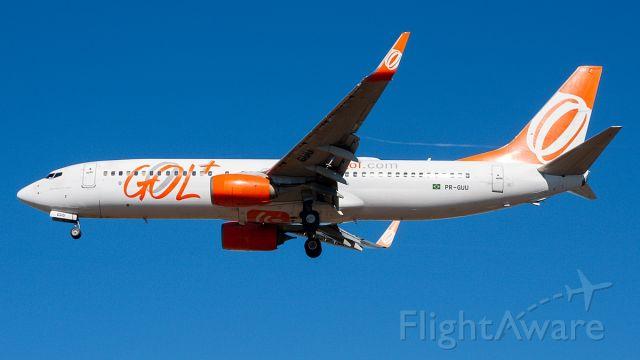 Boeing 737-800 (PR-GUU)