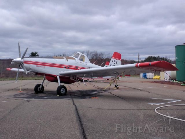 — — - Air Tractor AT-802 on the apron at KHZL