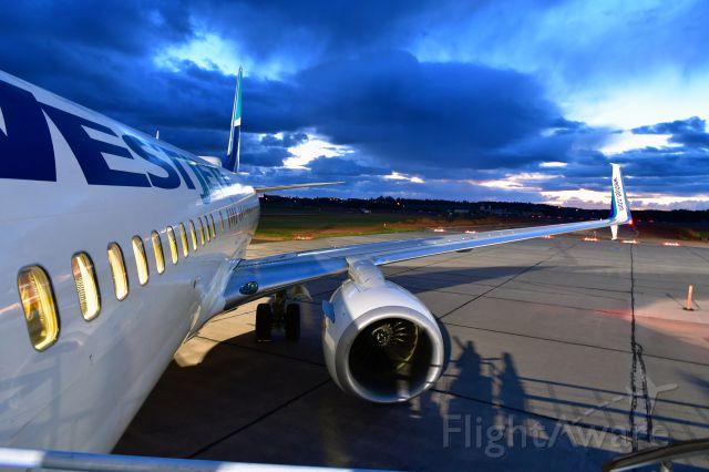 Boeing 737-800 (C-GWBL) - WestJet Boeing 737-8CT(WL) C-GWBL in Charlottetown