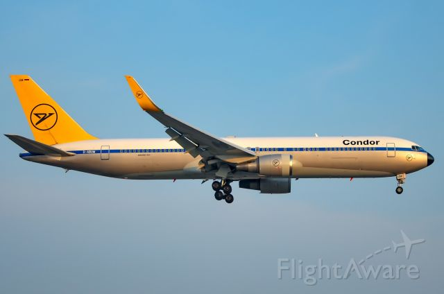 BOEING 767-300 (D-ABUM) - One of the rarest planes that i have caught. Here is Condor 767-300ER in the retro livery on final for 23 at Toronto Pearson. Date taken: Monday August 27th.