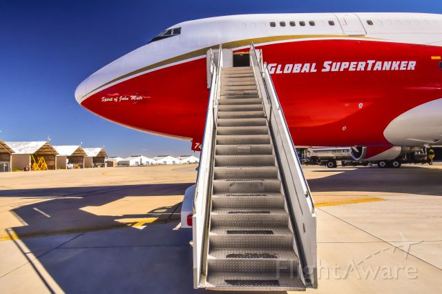 Boeing 747-200 (N744ST) - As a professional photographer doing an assignment I received the grand tour of N744ST courtesy of Global SuberTanker LLC