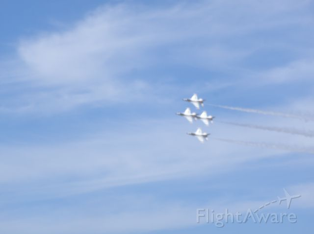 — — - USAF F-16 Thunderbirds diamond formation Hillsboro, Oregon