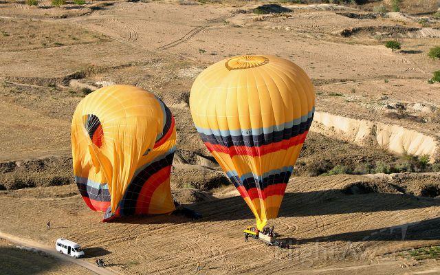 Unknown/Generic Balloon (TC-BGK) - TC-BGK and TC-BDK have landed