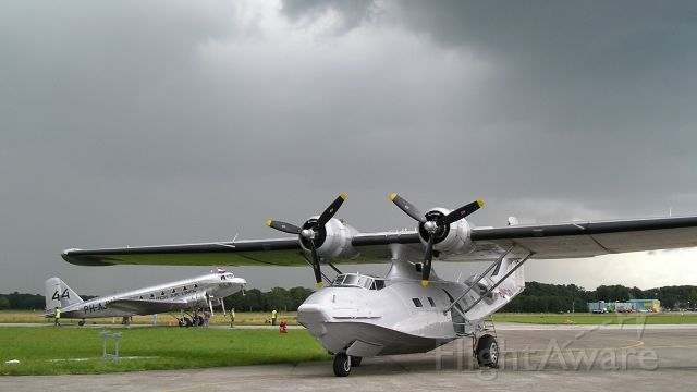 PH-PBY — - Consolidated PBY-5A (PH-PBY) and KLM Douglas DC-2 (PH-AJU)at Volkel Air Base, The Netherlands during the Air Force Open Days, July 2007.