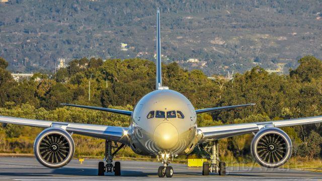 Boeing 787-9 Dreamliner (A6-BLG)
