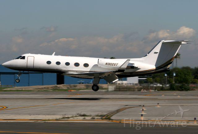 Gulfstream Aerospace Gulfstream 3 (N302ST) - Arrives in Long Beach on a gorgeous winter day.