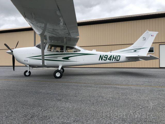 Cessna Skylane (N94HD)